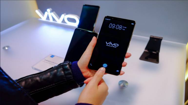 Vivo Shows World's First Smartphone With Working In-Display Fingerprint Sensor at CES 2018
